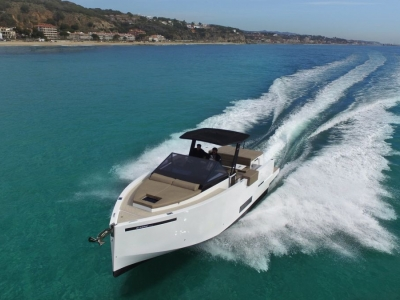2021 De Antonio Yachts D34 Cruiser for sale in Sovereign Islands, QLD at $250,370