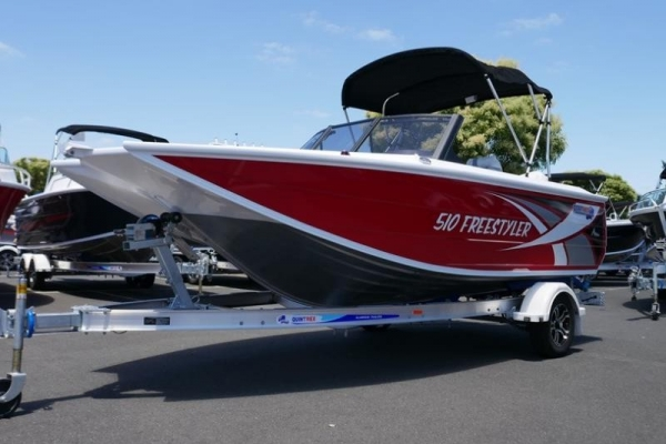 QUINTREX 510 FREESTYLER BOW RIDER for sale in Braeside, Victoria at $52,999